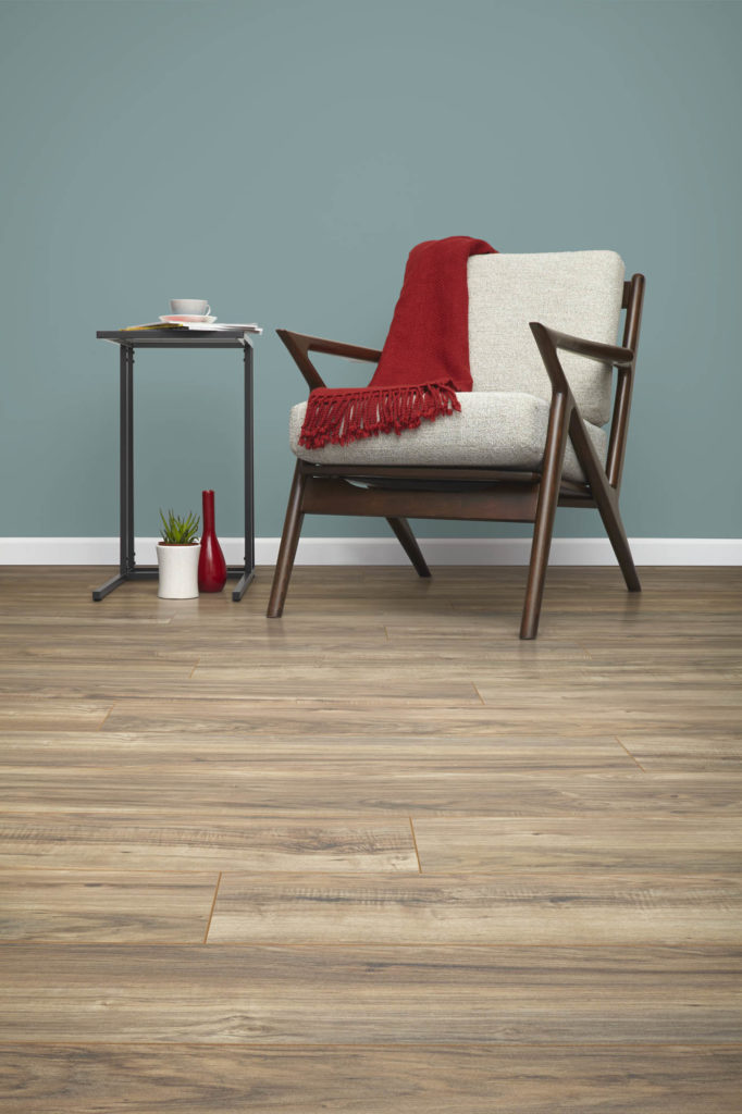Inhaus_Furniture1_0001_35725_Rustic_Pecan_1286mm x 194mm.0857